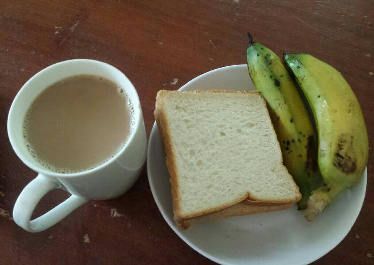 Recipe of Speedy Breakfast Triple Combo(Tea, banana & Bread)