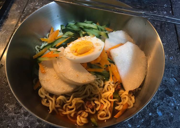 Step-by-Step Guide to Make Perfect Cold Instant Noodles