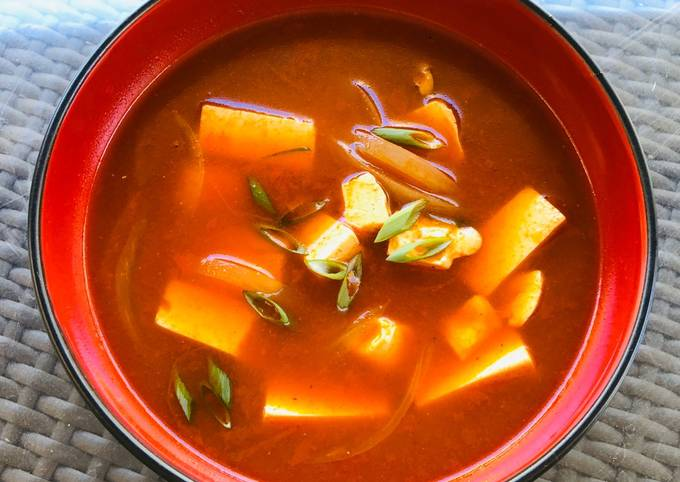 Spicy Sour Gochujang Tofu Soup