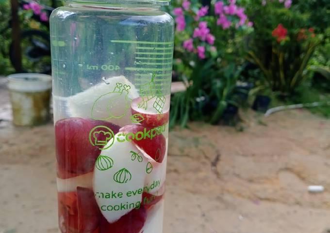 Infused Water Anggur Pir