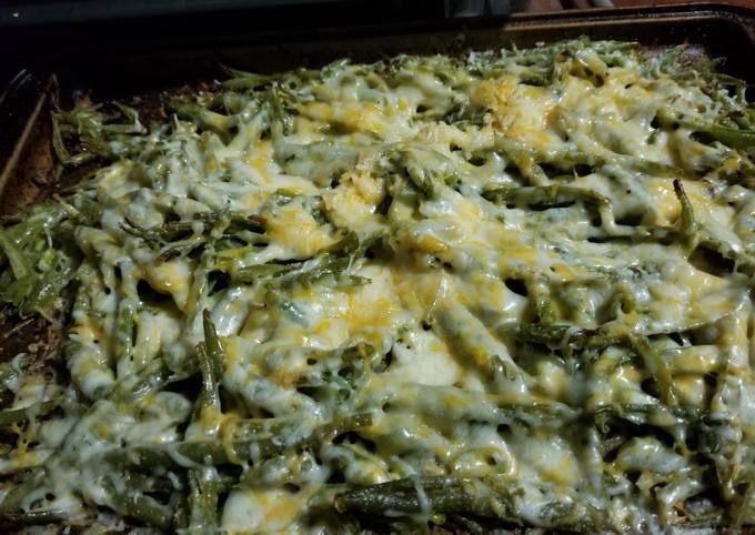 Roasted Cheesy Green Beans