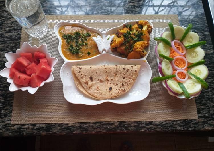 Top 10 Dinner Easy Homemade Cauliflower n Potatoes with daal n roti#My staple food recipe co