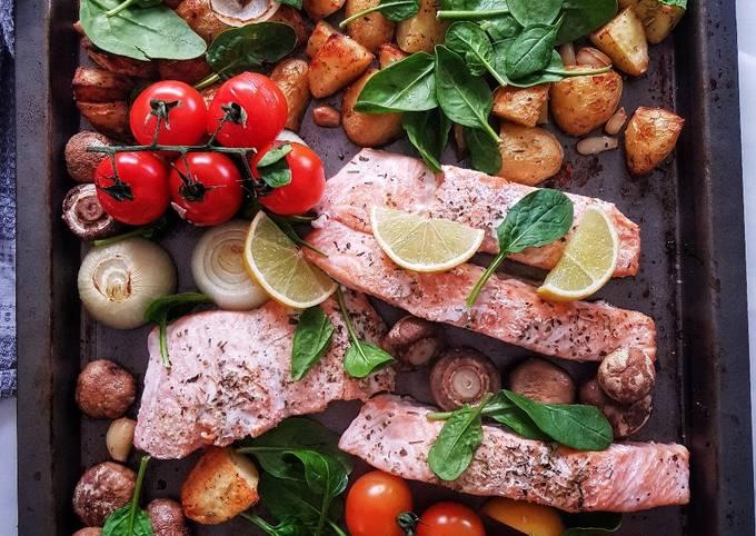 One pan baked salmon and veggies