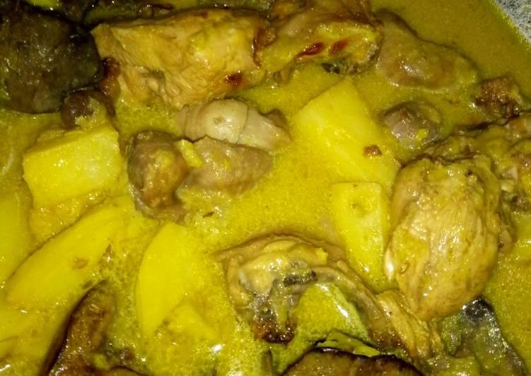 Kare hati ayam dan kentang
