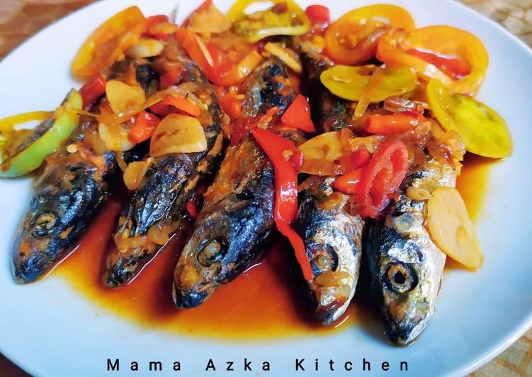 Ikan pindang pedas