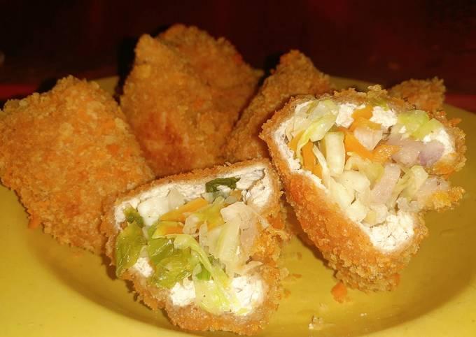 Tahu crispy isi spesial (bakso cincang dan sayuran)