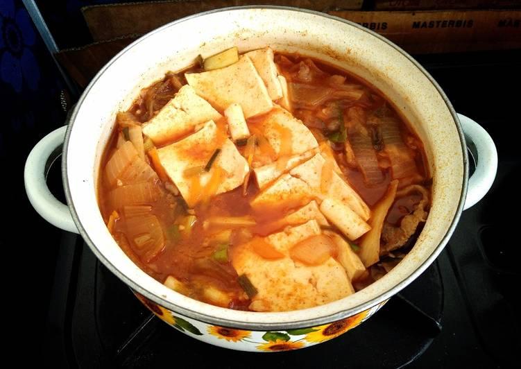 Kimchi Jjigae | Kimchi Stew | Kimchi Soup