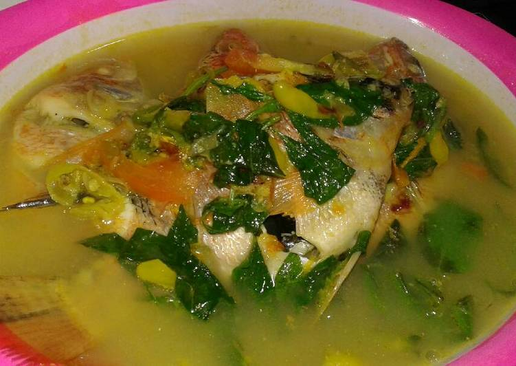 Cara Gampang Menyiapkan Ikan niLa kuah kuning kemangi pedas, Enak