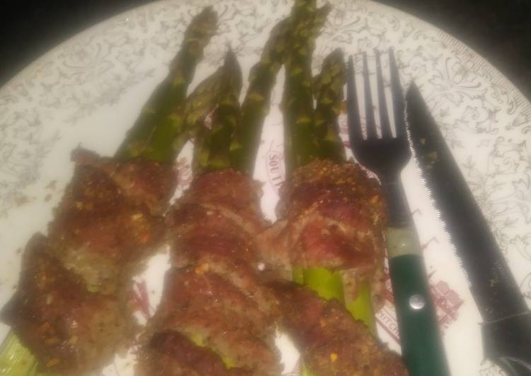 Simple Way to Make Ultimate Anita's Rosted Asparagus With Steak