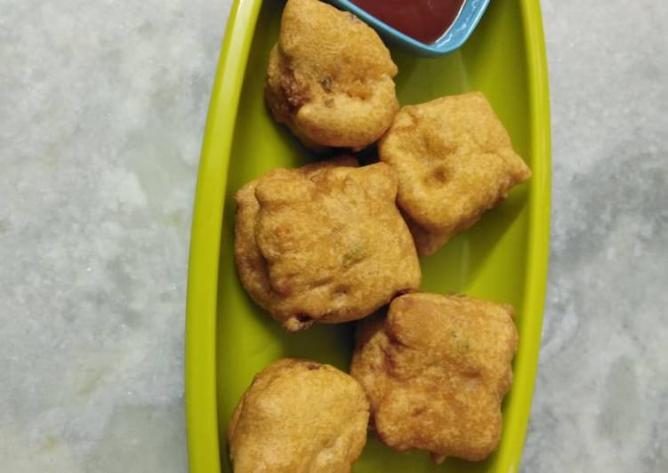 Recipe of Quick Cheese corn stuff bread pakoda