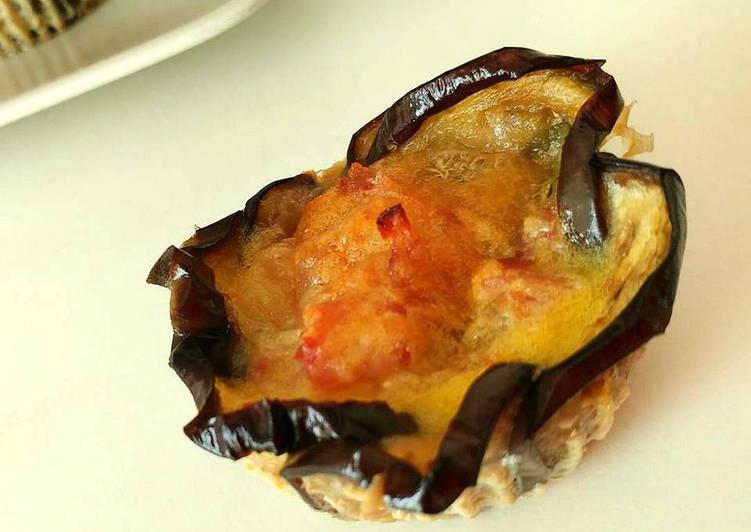 Ricetta Fiori di melanzane con prosciutto e provola
