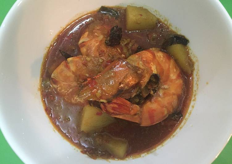 Homemade Tiger Prawn curry (lunch)
