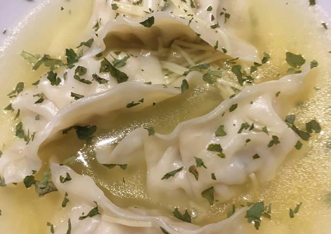 Soupe de vermicelles au gyoza