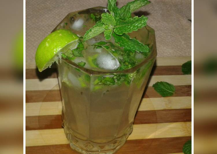 Discover How to Improve Your Mood with Food Virgin mojito