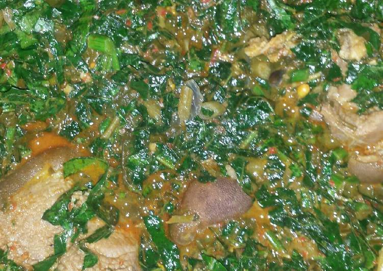 Veggie soup, What Are The Advantages Of Consuming Superfoods?