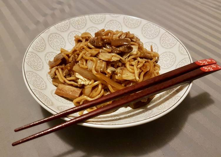 Nouilles au chou chinois
