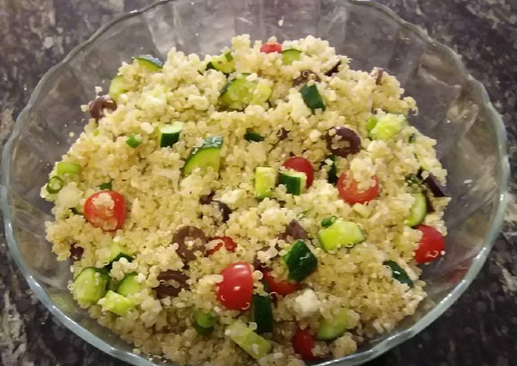 How to Prepare Quick Mediterranean Quinoa