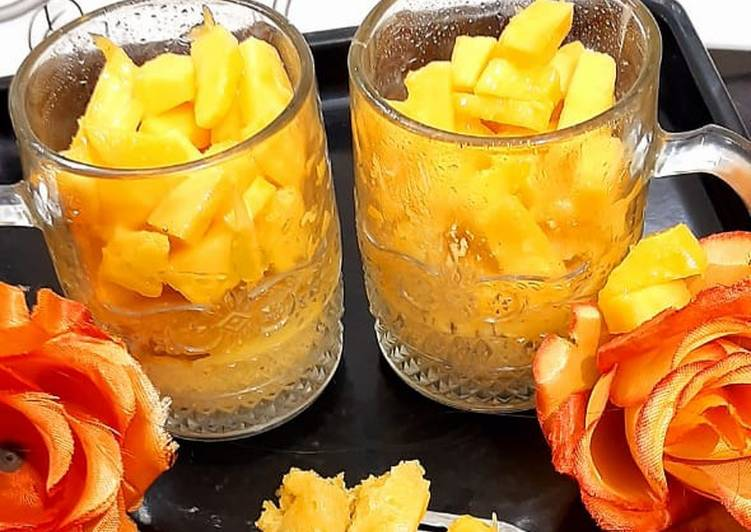 Mango Mug Cake 🥭