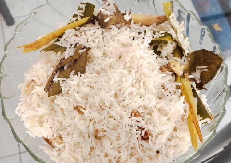 Nasi uduk anti ribet