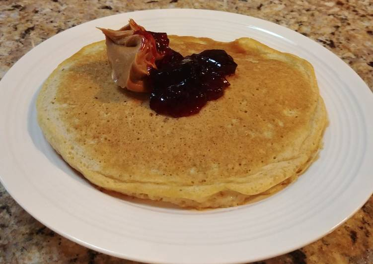 Recipe: Appetizing Oatmeal Skillet Cakes with Peanut Butter and Jelly