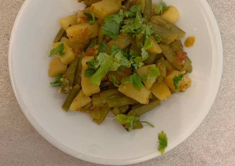Easiest Way to Prepare Delicious Aloo Gauvar or cluster beans Dry sabzi