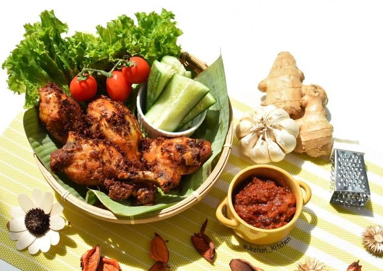 Ayam Goreng HALIA - velavinkabakery.com
