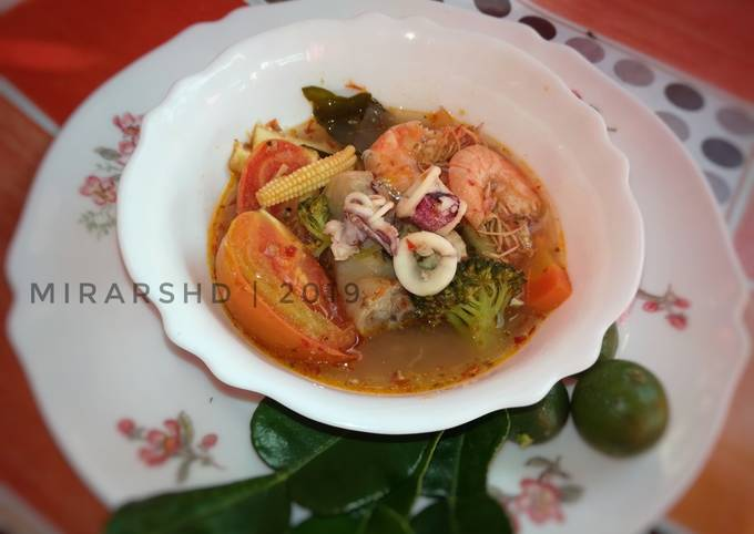 resep masak tomyam campur resep  bisa dijadikan sebagai referensi bagi Resepi Nasi Lemak Thai Enak dan Mudah