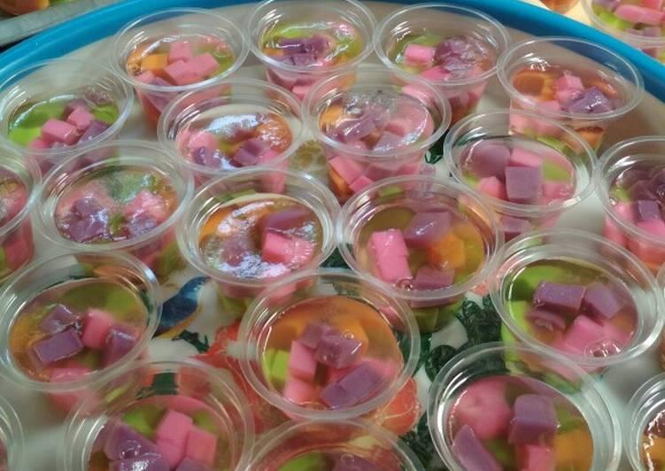 Resep Puding Kaca Mozaik Cup Oleh Ega Tri Rimawati Cookpad