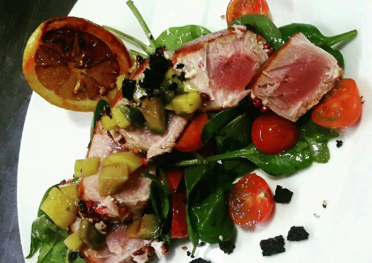 Red pepper Tuna steak
