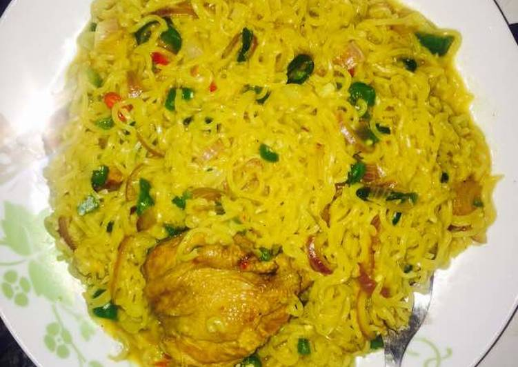 Recipe of Ultimate Chicken Curry Noodles