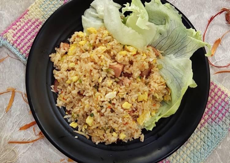 Resep Nasgor merah (Nasi goreng bumbu merah) Paling Gampang