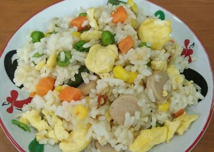 Cara Membuat 😎 Nasi goreng Yangchow yang Enak!