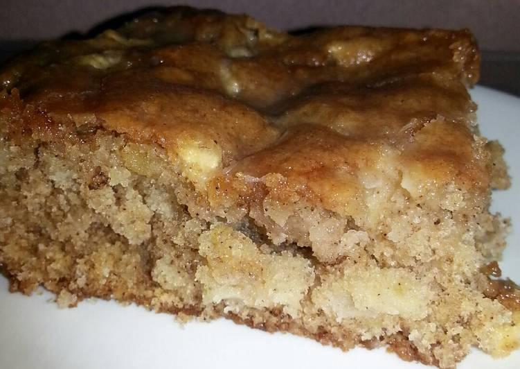 Apple Cake....  ♥
