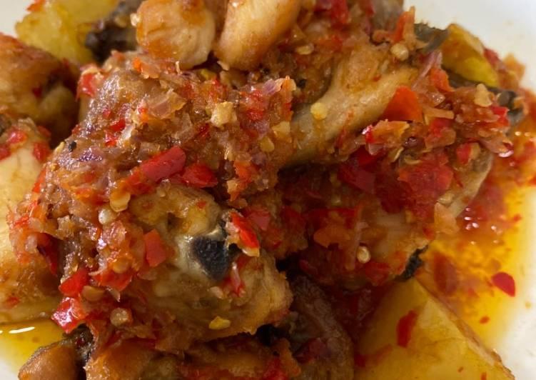 Resep Balado Ayam & Kentang yang Sempurna
