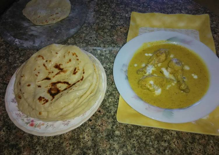 Chicken curry with lachha paratha