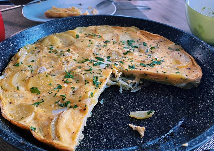 Recipe of Super Quick Homemade Potato tortilla �