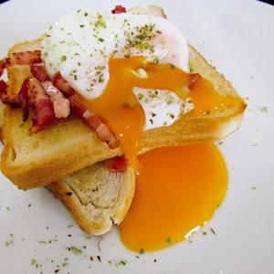 ¿Cómo hacer huevos pochados o huevos escalfados? | desayuno delicioso