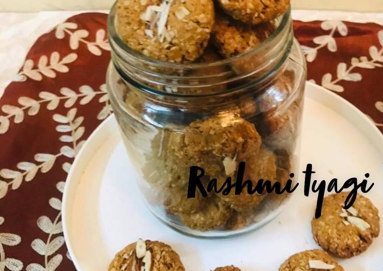 Healthy Oats And Jaggery Cookies💛
