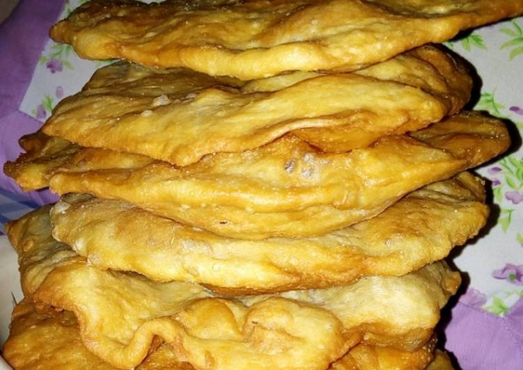 Steps to Make Quick Turkish fried bread