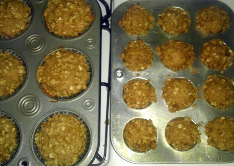 Quick & Scrumptious Applesauce Muffins