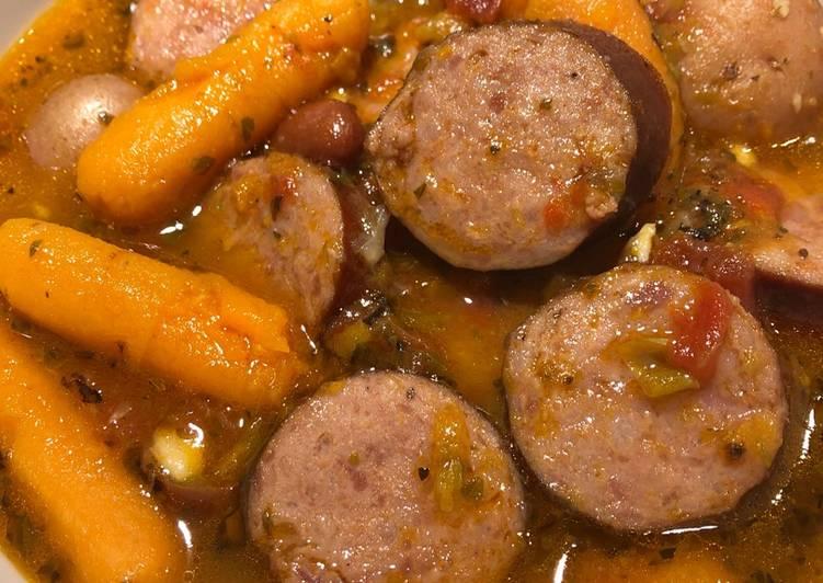 Recipe: Appetizing Savory Smoked Sausage Soup with Veggies ?