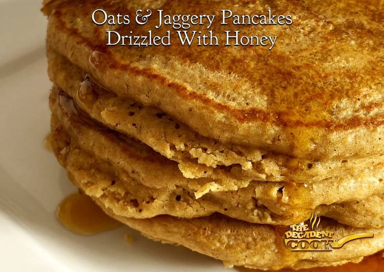 Oats And Jaggery Pancakes