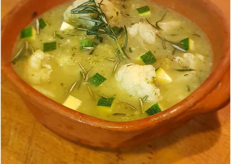 Ricetta Zuppa Zucchine e Cavolfiore