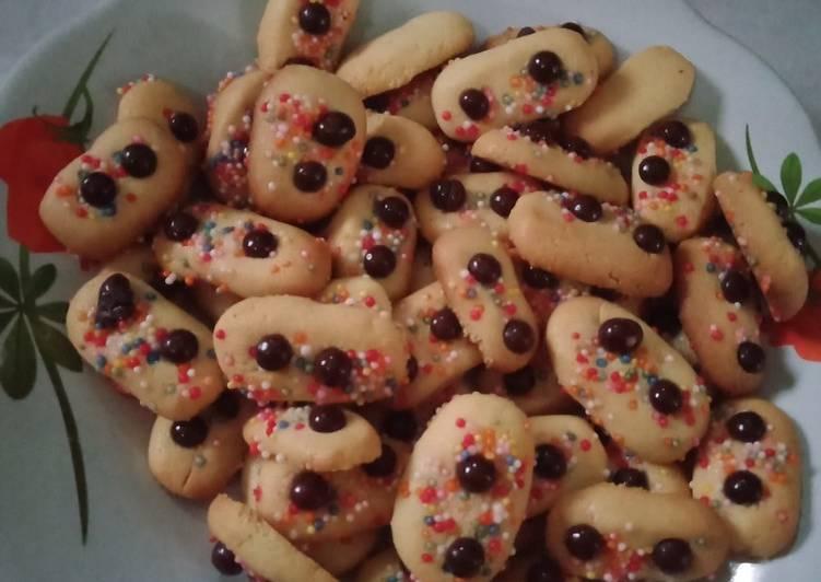 Langkah Mudah untuk Membuat Milk Cookies choco chips yang Enak Banget
