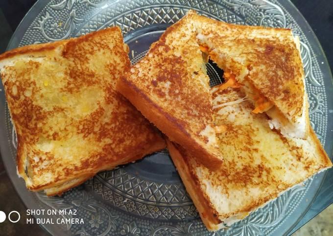 Cheesey potato sandwich