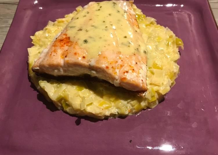 Comment faire Préparer Parfait Pavé de saumon beurre blanc à l'estragon et fondue de poireau