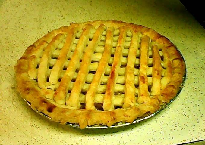 Easiest Way to Cook Appetizing Cinnomon Spiced Apple Pie ;)