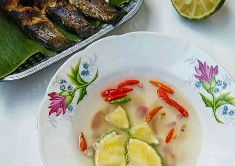 Ikan gabus (haruan) bakar cacapan limau kuit