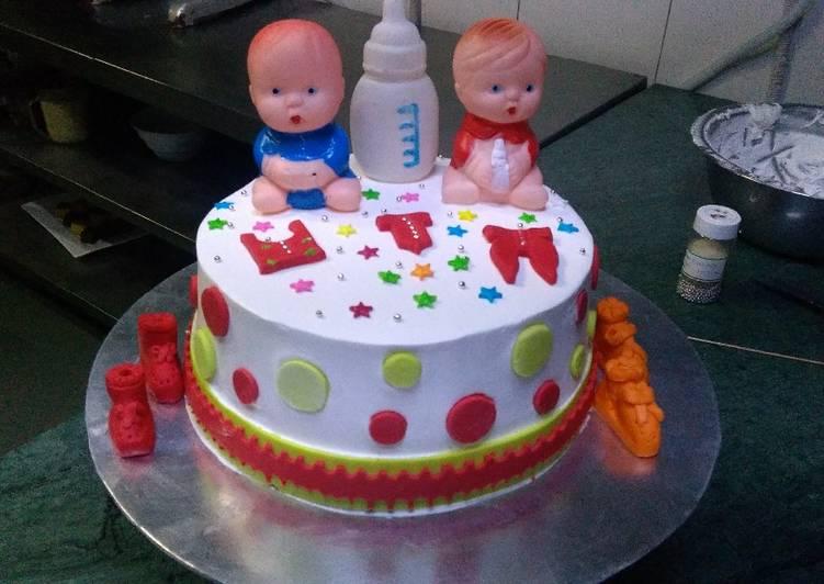 Fondant cake for baby 💕
