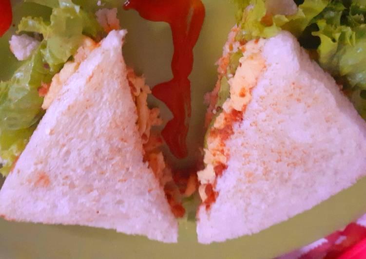 Sandwich scramble egg & abon